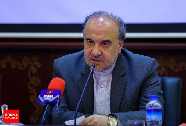 سلطانیفر: فوتبال ایران در این شرایط ویژه اقتصادی باید مایه نشاط مردم شود/ همه باشگاهها برای وزارتخانه یکسان هستند/ نباید اجازه داد برخی رفتارها و اظهارنظرها ذائقه مردم را تلخ کند