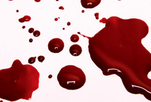 آیا چکیدن خون از سر مبارک امام حسین (ع) بر ران ابن زیاد مستند است؟