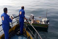 2 سرنشین قایق صیادی در آبهای دریای عمان نجات یافتند