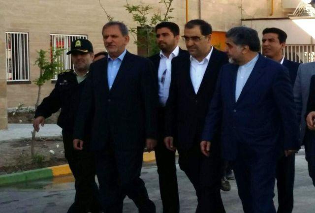 بیمارستان یکصد و بیست تختخوابی امام حسین( ع)  شهرستان بهارستان افتتاح شد