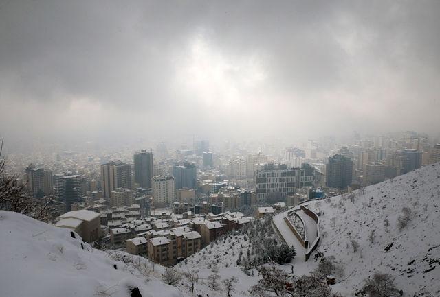 تهران پاک و برفی است