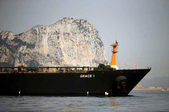 رفع توقیف نفتکش گریس ۱ به تعویق افتاد