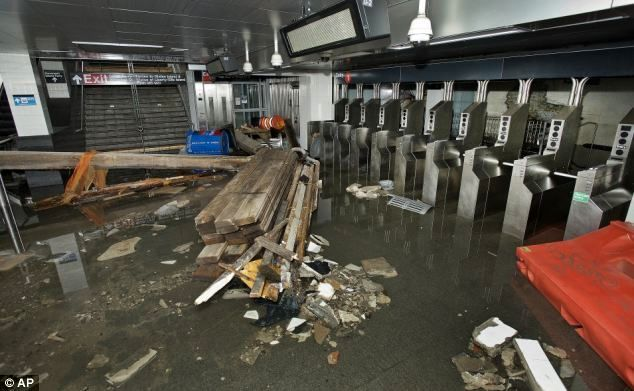 سیل در کمین ۹ درصد از ورودیهای مترو تهران