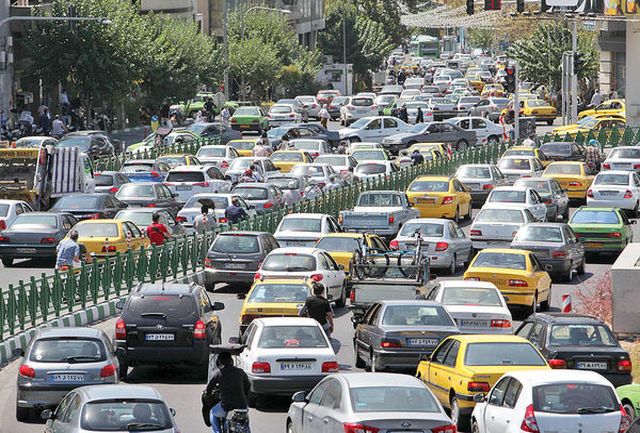 ترافیک سنگین در آزاد راه کرج- تهران