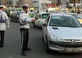 راهنمایی مسافران برای خروج از اصفهان از سوی گشت های ویژه کرونا