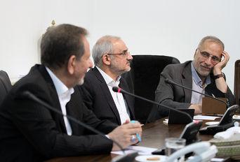 جلسه هم اندیشی دولت با دانشگاهیان با حضور معاون اول رییس جمهوری