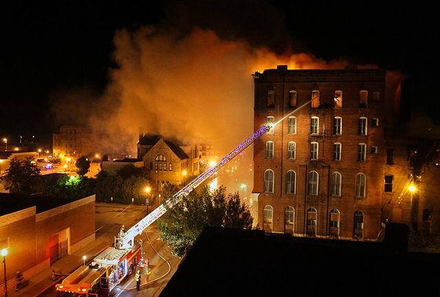 هتل ایرانیها در نجف آتش گرفت/ مجروحان حادثه به بیمارستان انتقال یافتند