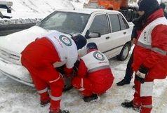 امدادرسانی به مسافران ادامه دارد