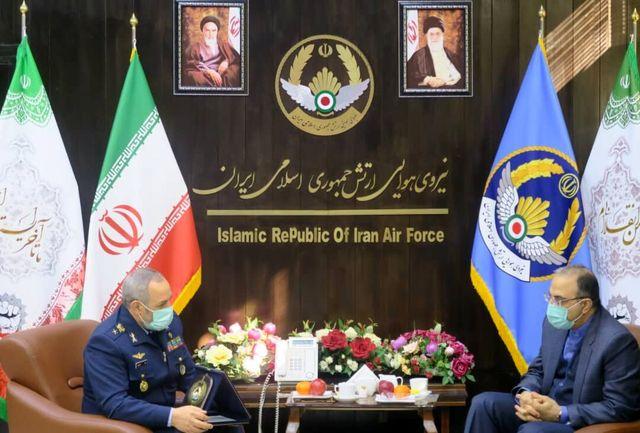 نماینده ارامنه در مجلس با فرمانده نیروی هوایی ارتش دیدار کرد