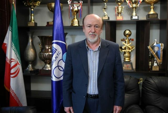 افتخاری: موافق انتقال حسینی نیستیم/تیام و جپاروف به ترکیه می روند