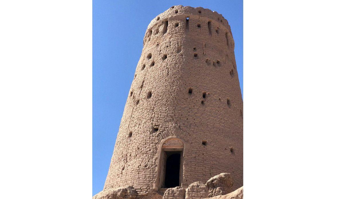 برج تاریخی بهرامجرد مرمت میشود
