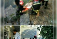 سقوط مرد 43 ساله داخل رودخانه زرجوب رشت