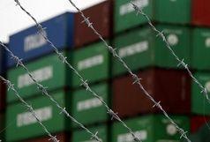 توقیف ۵ دستگاه کانتینر پارچه قاچاق در استان