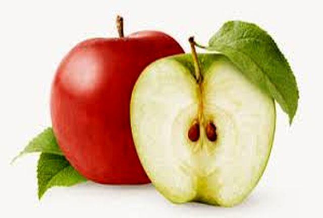 اثر معجزه آسای خوردن هسته سیب