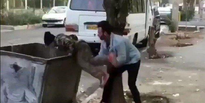 تسلیم قانون شدن عاملان آزار کودک زباله گرد