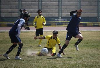 مرحله یک چهارم نهایی رقابت های فوتبال هفت نفره