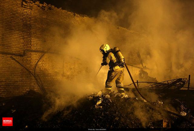 آتش سوزی وحشتناک خودرو ۴۰۵ در اتوبان آزادگان