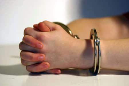 پیشگیری از بزهکاری نوجوانان در پرتو تمهیدات پلیس