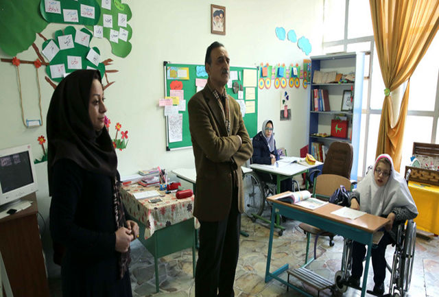بازدید سرزده وزیرآموزش و پرورش از مدرسه استثنایی تراب