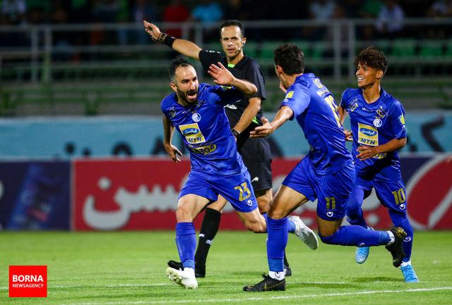 قرارداد ستاره استقلال به هیات فوتبال ارسال شد
