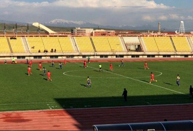 فوتبالیست های شمس آذر مقابل نماینده خوزستان شکست خوردند