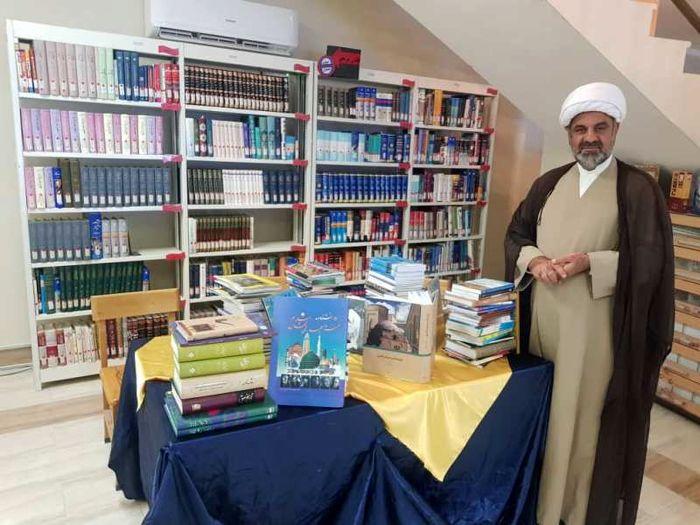 اهدای ۶۰۰ جلد کتاب در پارسیان
