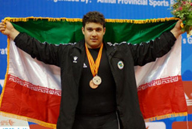 بهادر مولایی: همه چیز برای کسب مدال طلای جوانان جهان مهیا است