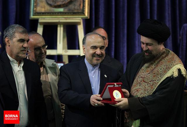 دیدار جامعه ورزش با یادگار امام خمینی (ره)/ ببینید