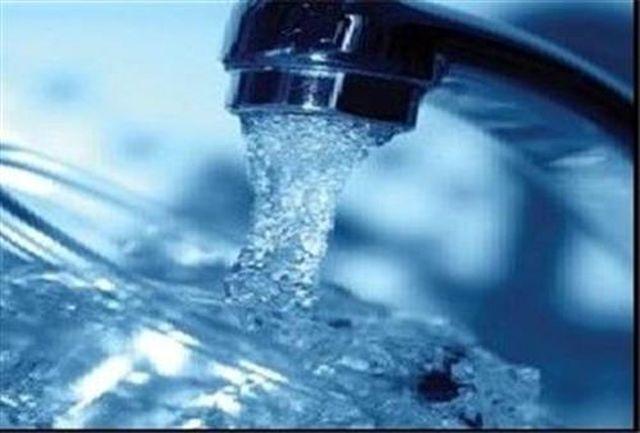 توزیع روزانه پنج میلیون لیتر آب فقط در مرز مهران!