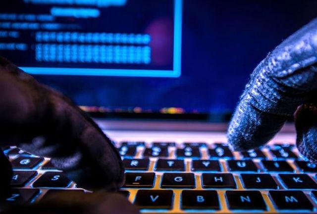 سه کارمند حساب بانکی کارفرما را سرقت کردند