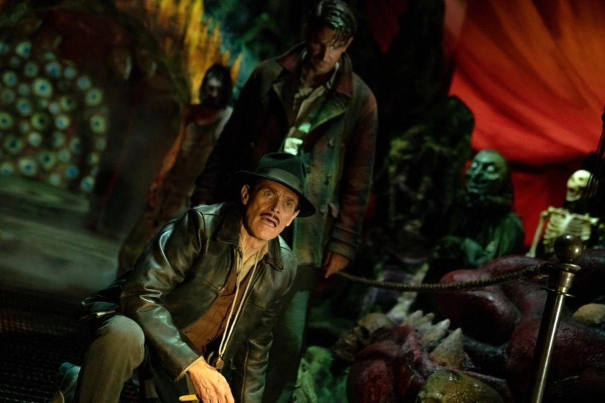 نخستین تصاویر رسمی از فیلم «کوچه کابوس» گیلرمو دلتورو