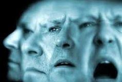در مشکلات روحی به روانشناس مراجعه کنیم یا روانپزشک؟