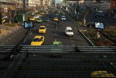 تردد در تمامی معابر پایتخت روان است/ لغزندگی خیابانها به دلیل بارندگی