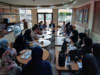 نشست نقد و ارزیابی عملکرد سمن های جوانان در نمایشگاه بزرگ فرهنگی – ورزشی، اجتماعی استان سمنان برگزار شد