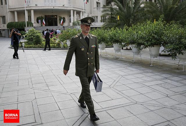 پیام تسلیت وزیر دفاع به سردار دهقان