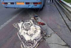تصادف اتوبوس با عابر پیاده در حوالی بزرگراه شهید آوینی/ مرد 65 ساله جان باخت