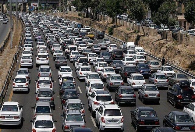 تردد روان در محورهای شمالی/ ترافیک نیمه سنگین در آزادراه کرج_تهران