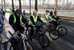 دوچرخه سواری استاندار البرز در آستانه هفته هوای پاک