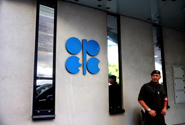 اوپک و روسیه متعهد به برقراری توازن بازار نفت هستند