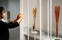 مشعل بازیهای المپیک و پارالمپیک توکیو به نمایش گذاشته میشود