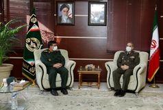 فرمانده نیروی دریایی سپاه با وزیر دفاع دیدار کرد