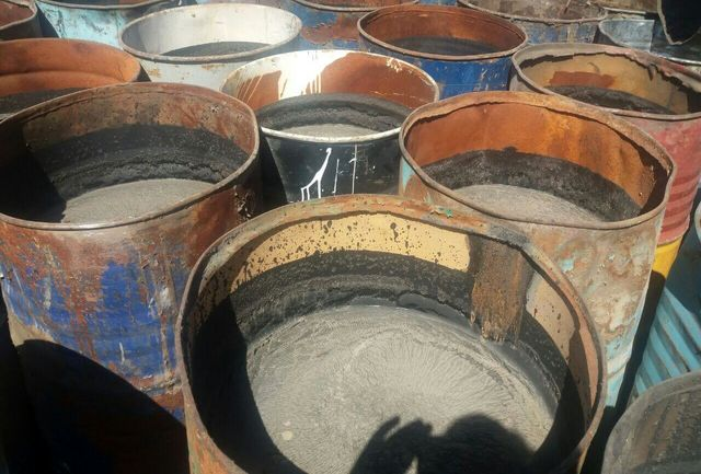 کشف ۲۵ تن قیر قاچاق در نیکشهر