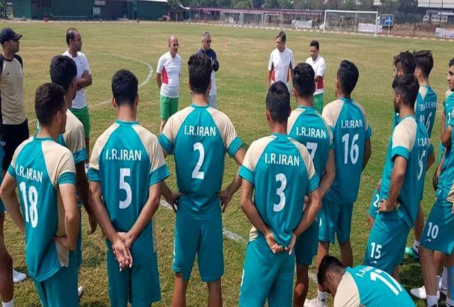 برگزاری دومین تمرین تیم ملی فوتبال امید در اندونزی