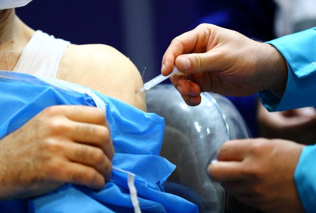 آغاز واکسیناسیون  علیه بیماری کرونا در افراد بالای 80 سال سن در کرمان