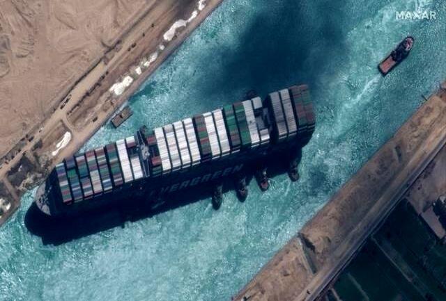 خسارت بسته شدن کانال سوئز به یک میلیارد دلار میرسد