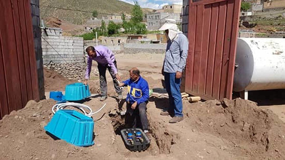 استاندارد سازی انشعابات آب روستای رازی شهرستان خوی