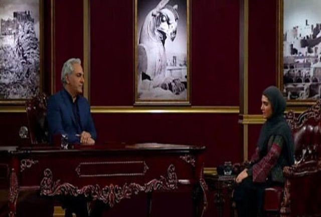 نجلا به مهران مدیری از علاقه اش به جوراب گفت