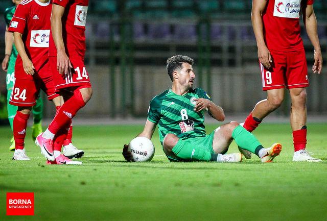 داور سه امتیاز را از ما گرفت/ آقای یاوری بر گردن فوتبال اصفهان حق دارد