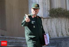 دهقان از لباس نظامی تا کت و شلوار ریاست جمهوری؟