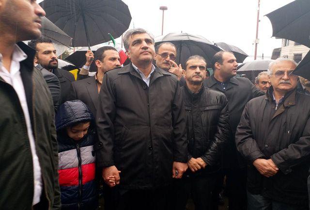 استاندار گیلان :رمز بقای انقلاب اسلامی حضور مردم در تمامی صحنه ها است